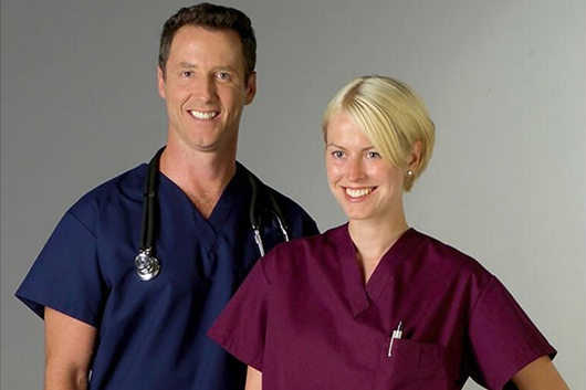 uniform items-rental-scrubs-healthcare-professionals